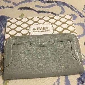 Aimee Kestenberg pebble leather wallet / clutch 💚